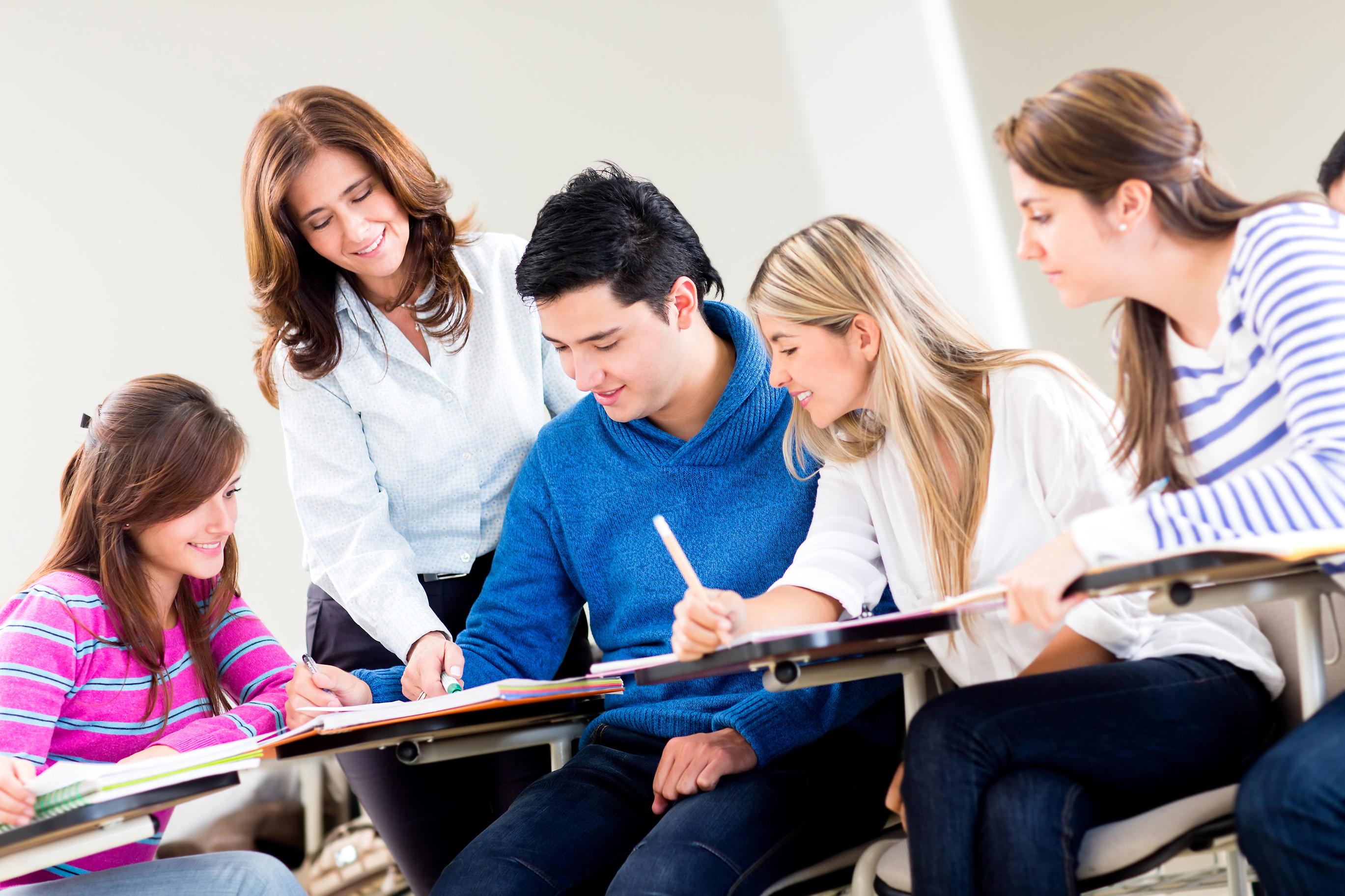 Преподаватели и студентки 8 фотография